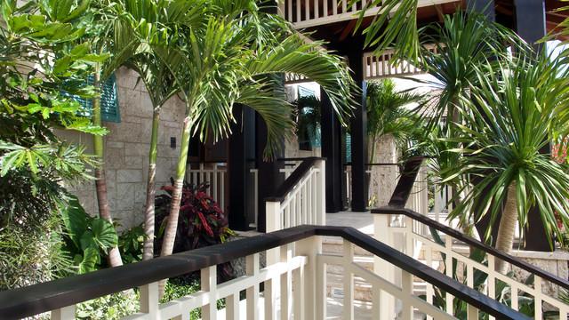 A Turtle Beach Manor, North Palm Beach, Florida tropical-exterior