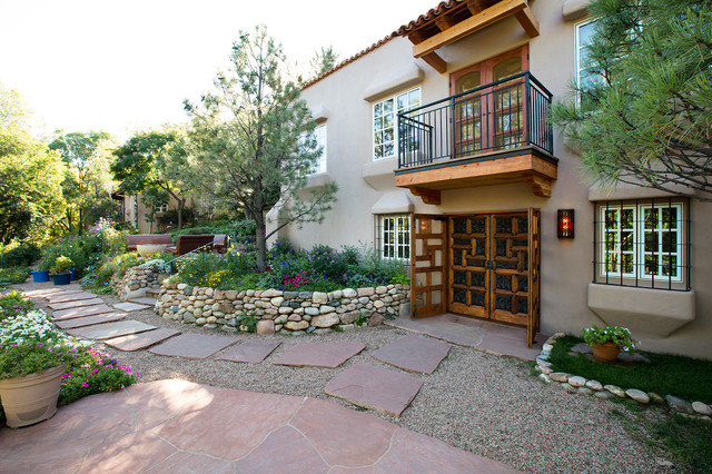 Adobe homes in santa fe new mexico for Santa fe adobe homes