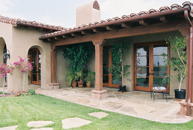 Adobe ranch mediterranean exterior san diego by for Territorial style house plans