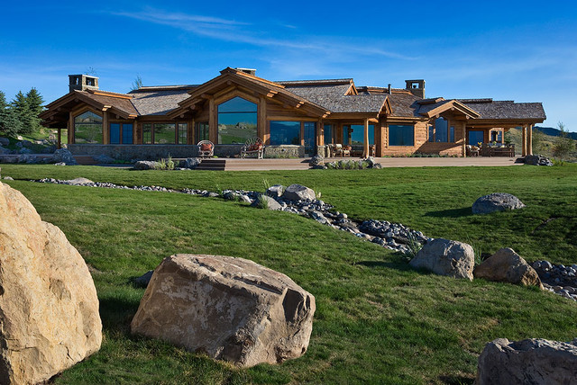 Aerie at Spring Creek Ranch traditional-exterior