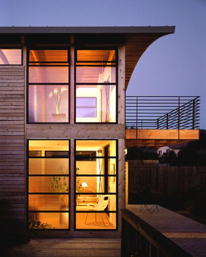 Modern Exterior Of Home With Pathway Transom Window: Aidlin Darling Design