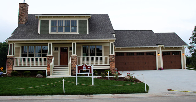 American bungalow craftsman exterior traditional for American craftsman homes