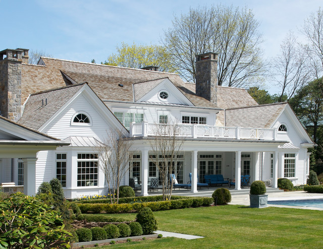 American summer home traditional exterior new york for Traditional american home