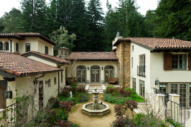 An italian villa carmel california mediterranean for Villas california