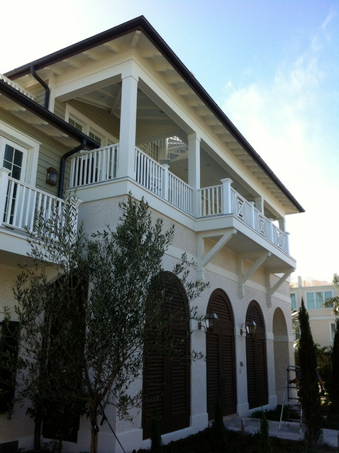 Anglo-Caribbean Residence traditional-exterior