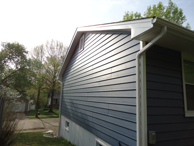 Architectural 7 Wide Insulated Vinyl Siding Regatta