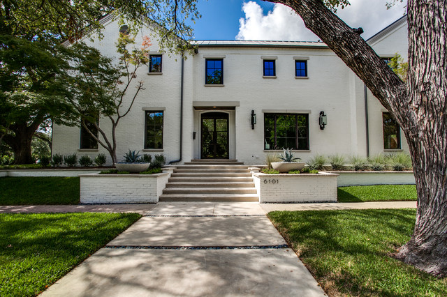 Armstrong University Park Transitional Exterior Dallas By Tatum Brown Custom Homes Houzz