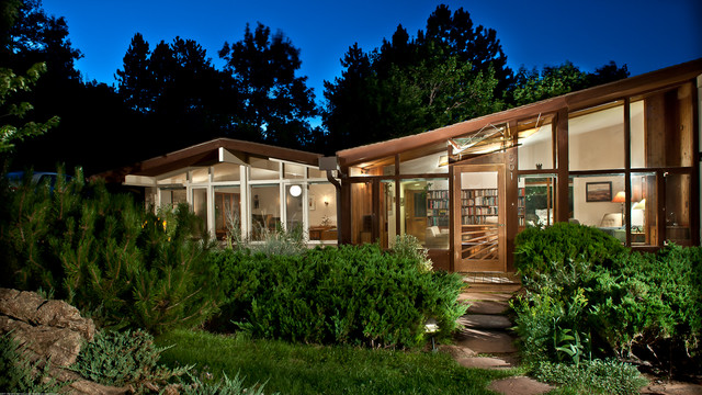 Art glass awning for mid century modern ranch house for Mid century modern ranch style house plans