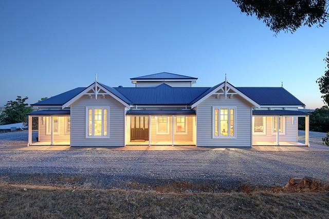 Australian Hamptons Country