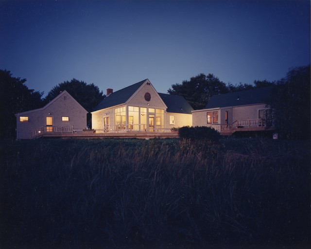 Award winning cottages contemporary exterior for Award winning contemporary homes