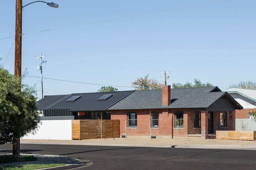 Example of an urban exterior home design in Phoenix