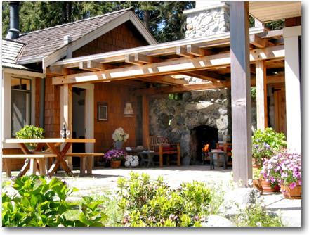backyard cottage contemporary exterior