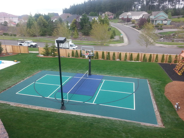 Backyard Sport Court Traditional Exterior Seattle