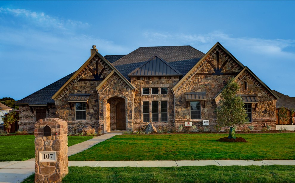 Bailee Custom Homes Rustic Exterior Other By Q Home Designs