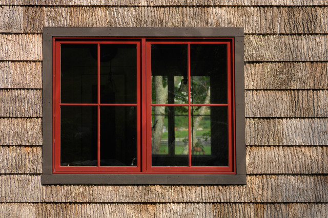 Barkhouse shingle siding with kolbe windows rustic for Contemporary exterior window trim
