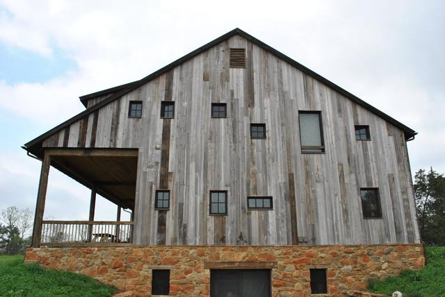 Burn Barn Project: BROMBAL USA + CRITTALL USA traditional-exterior