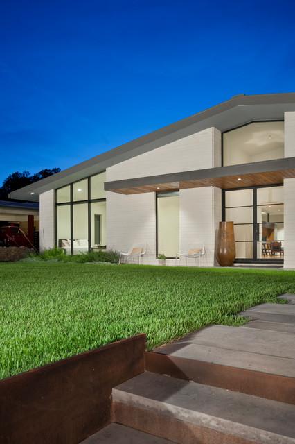 Barton Residence midcentury-exterior