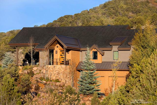 Basalt Mountain View rustic-exterior
