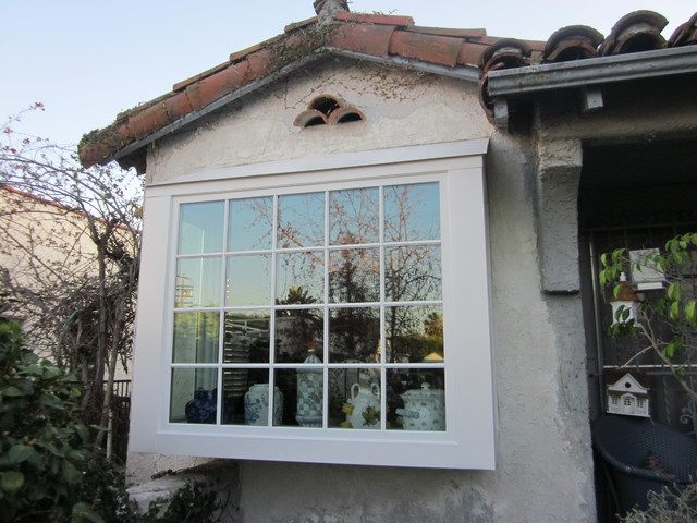 Bay Windows mediterranean-exterior