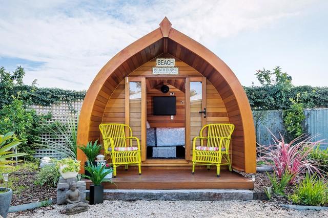 Beach house beach style exterior adelaide by jdb for Beach house designs adelaide
