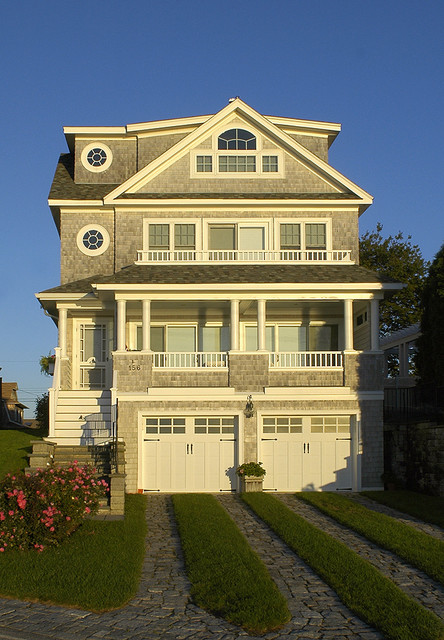 New england ocean front designs for New england design homes