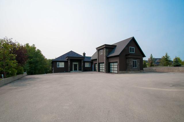 Bearspaw Renovation Traditional Exterior Calgary By Ellergodt Design
