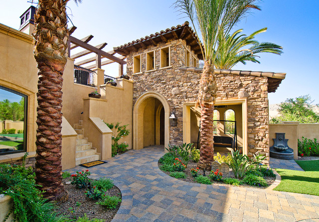 Beautiful beach house stone veneer combo coronado stone for Mediterranean stone houses