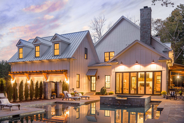 Incredible Beautiful Modern Southern Farmhouse By Steve Powell Homes Interior Design Ideas Tzicisoteloinfo