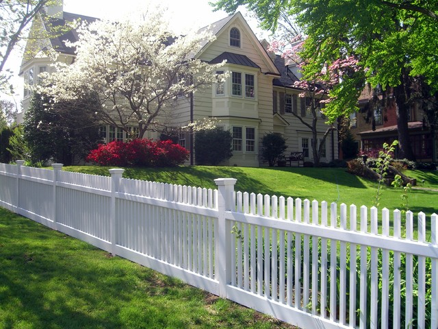 Beautiful White Wood Picket Fence Traditional Exterior New