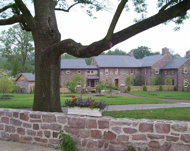 Before and After - Farmhouse Courtyard traditional-exterior