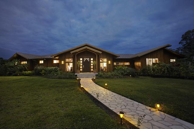 Belize Residence: Exterior tropical-exterior