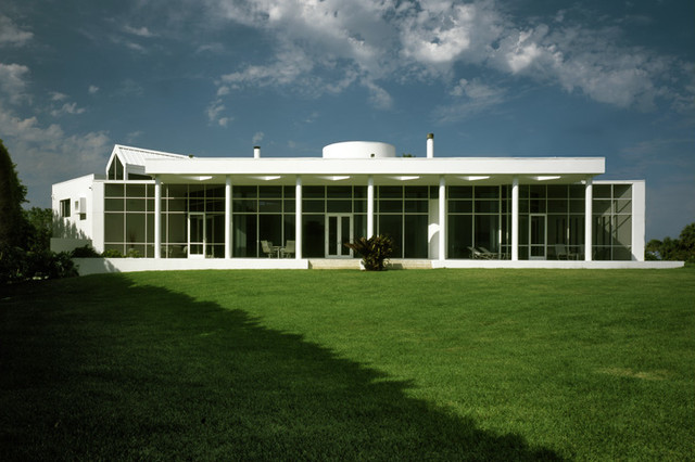 Betagole House modern-exterior
