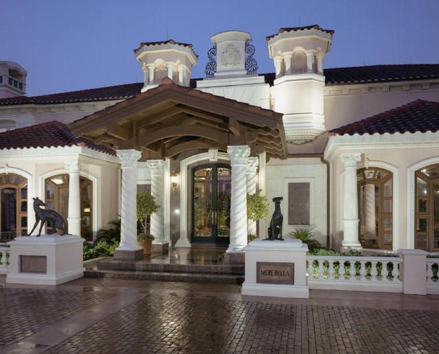 Beverly hills luxury mansion design mediterr neo for Dream home design usa