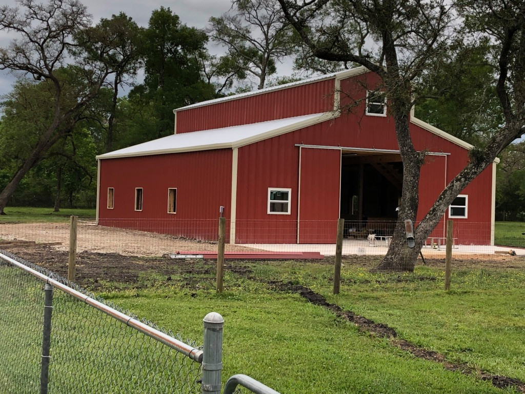 Big Red Barn - West Columbia - 2019