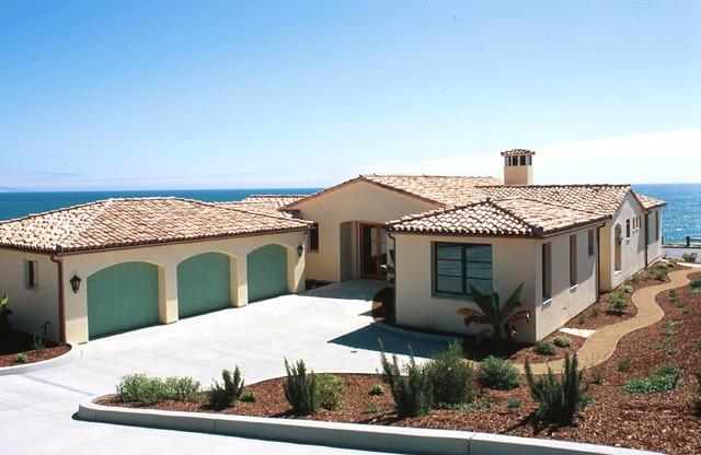 Bluff Front Home mediterranean-exterior
