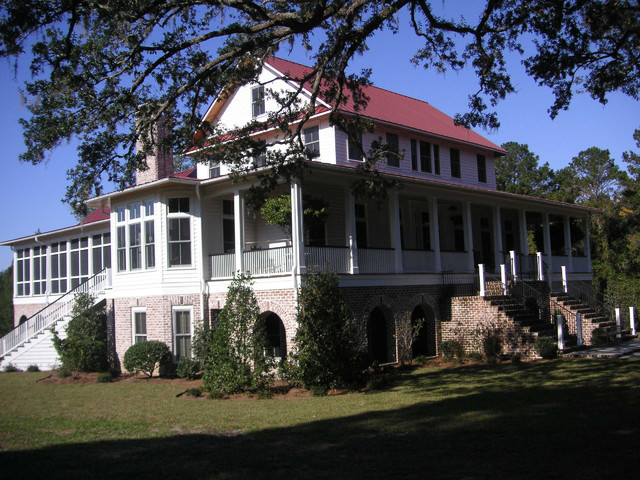 Bluff House traditional-exterior