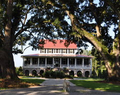 Bluff Plantation traditional-exterior