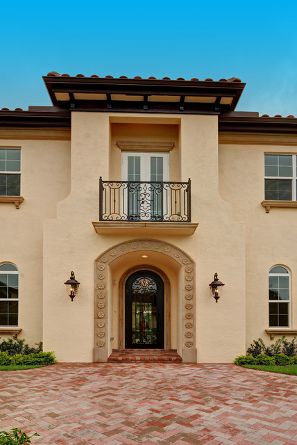 Boca raton florida custom spanish style residence for Spanish style homes for sale near me