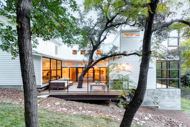 Down Sloping Lot Houzz - Sloped lots
