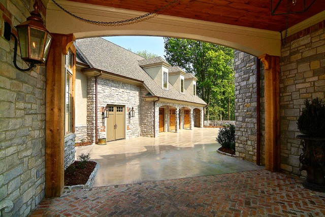 Breezeway To Detached Garage