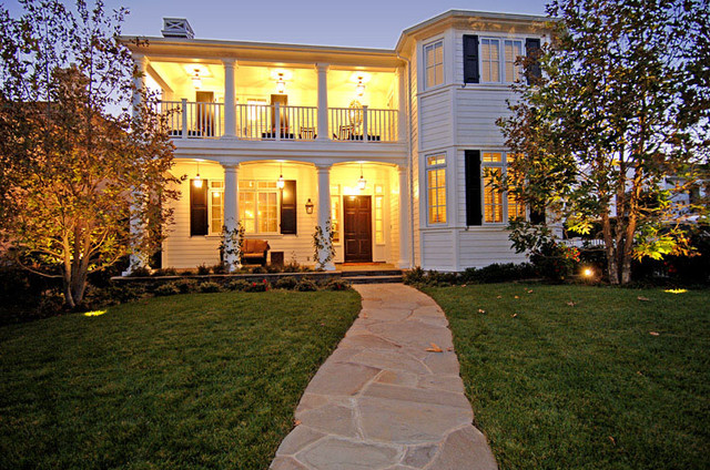 Brentwood Traditional 3 traditional-exterior