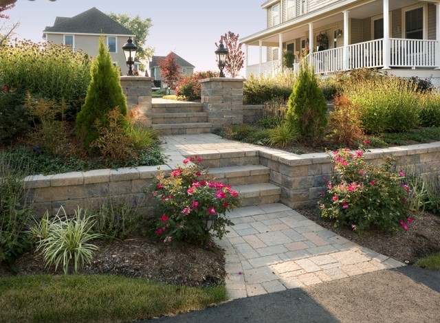 Brick walkway steps retaining walls and pillars with for Garden shed 3x5