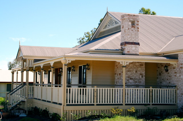 Broadhurst traditional-exterior