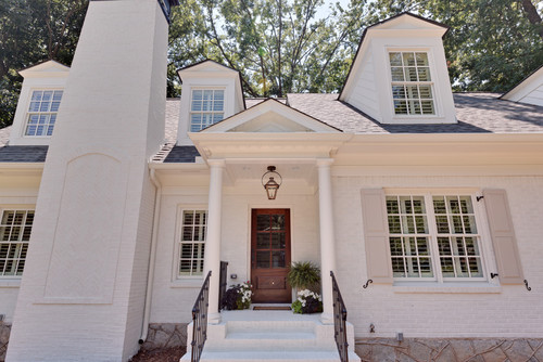 Color brick paint would you paint cast stone too - Benjamin moore white dove exterior ...