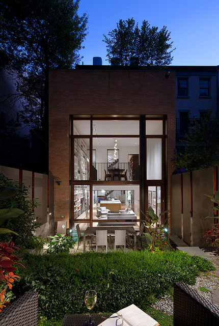 Brooklyn heights townhouse modern exterior new york for Townhouse exterior design