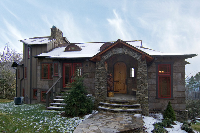 Brown Bear Lodge traditional exterior