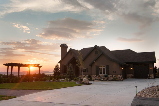Built by Cameo Homes Inc. in Eaglepointe, NSL, Utah. mediterranean-exterior