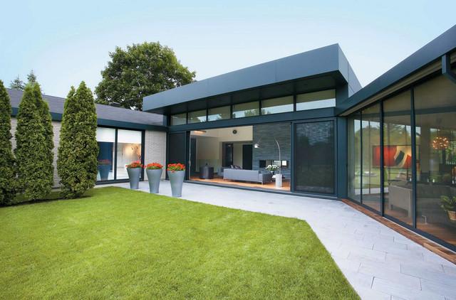 Bungalow '60 St-Lambert modern-exterior