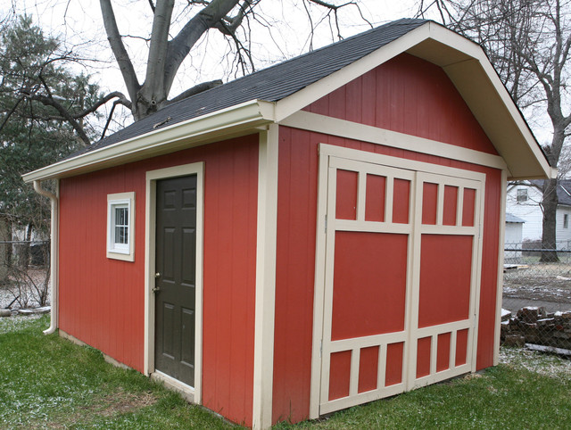 Bungalow Shed traditional-exterior