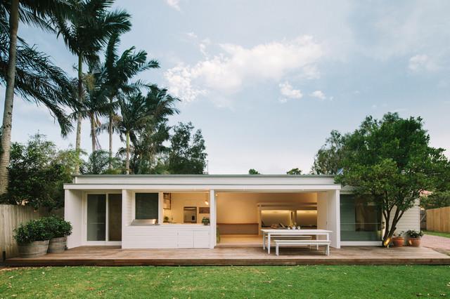 Byron Bay Beach Studio Beach Style Exterior Sydney By - Byron bay beach home designed by davis architects